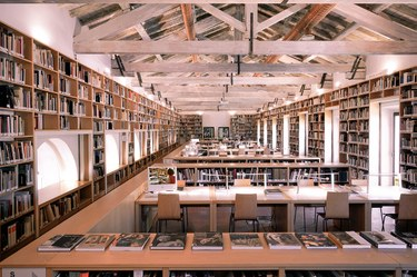 Zeri Library
