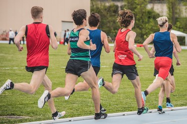 1500 m base running