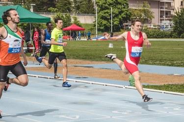 400 m base running