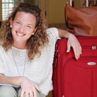 Studentessa Unibo che parte in Erasmus